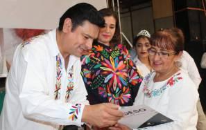 Sedeso premió a personas artesanas de concurso de bordados en Tenango de Doria5