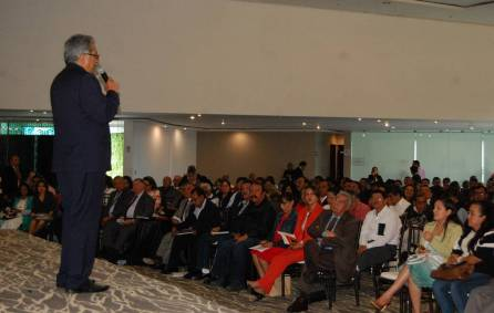 Titular de SEPH participa en reunión con secundarias generales del estado2