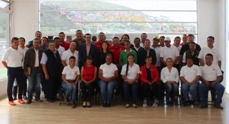 Toman protesta representantes de las ADEMEBAS Municipales 2.jpg