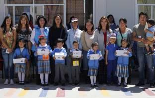 Acciones por tu escuela beneficia a cerca de 4 mil alumnos con la entrega de zapatos escolares en Mineral de la Reforma5
