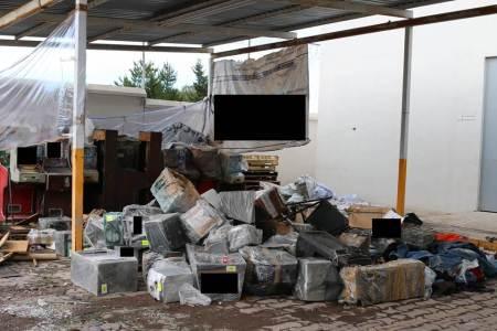 Destruyen diversos objetos utilizados para cometer delitos de competencia federal.jpg