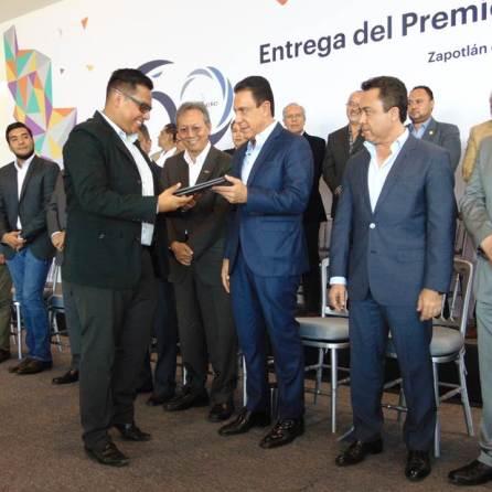 Entregan el Premio Estatal de Ingeniería Civil Roberto Gayol y Soto