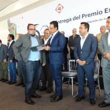 Entregan el Premio Estatal de Ingeniería Civil Roberto Gayol y Soto2