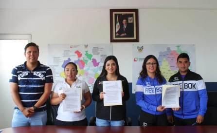 Instituto Hidalguense del deporte firman convenio con clínica que brindará servicios a deportistas