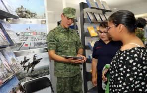 La Secretaría de la Defensa Nacional exhibe 32 títulos en la FUL4