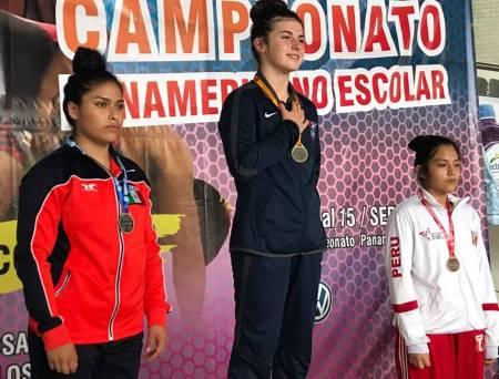Luz Andrea Martínez consigue plata en el Campeonato Panamericano U15 de Luchas
