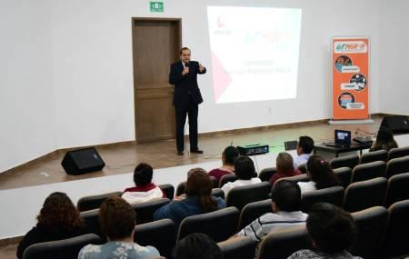 Padres y madres conocieron el modelo educativo que aplica la Universidad Tecnológica de Mineral de la Reforma2.jpg