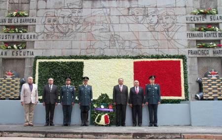 Presiden autoridades Aniversario de la Gesta Heroica de los Niños héroes1