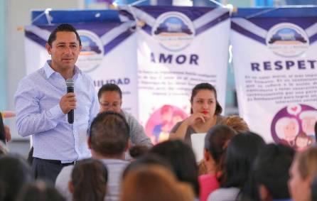 Promueve Mineral de la Reforma conferencias para padres en planteles escolares 3