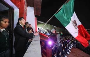 Realiza Raúl Camacho Baños tradicional Grito de Independencia en Pachuquilla, San Guillermo La Reforma y La Higa 3