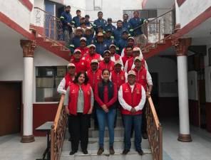 Realizan entrega de uniformes a personal del municipio de Santiago Tulantepec4