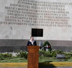 Realizan guardia de honor en conmemoración del 197 Aniversario de la consumación de la Independencia de México1