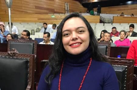 Rox Montealegre invita a participar en consulta nacional sobre educación