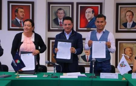 SEMARNATH firma convenio de colaboración para atender demanda ambiental en los municipios de Tasquillo e Ixmiquilpan1.jpg