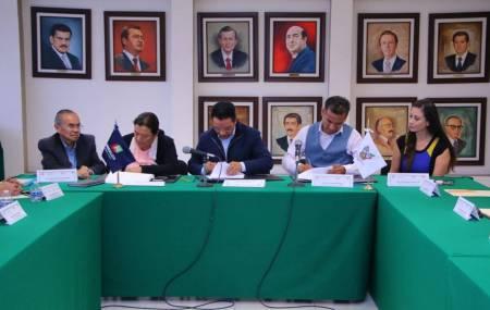 SEMARNATH firma convenio de colaboración para atender demanda ambiental en los municipios de Tasquillo e Ixmiquilpan2.jpg