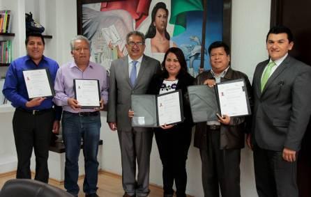 SEPH entrega los primeros certificados a intérpretes de la lengua náhuatl1