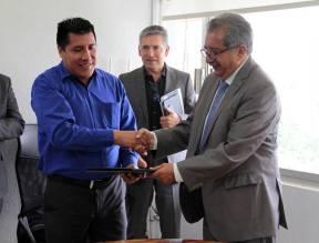SEPH entrega los primeros certificados a intérpretes de la lengua náhuatl2