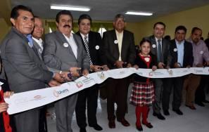 SEPH y UNETE entregan aula de medios en la Escuela Francisco Noble de Acayuca2