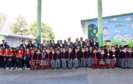 SEPH y UNETE entregan aula de medios en la Escuela Francisco Noble de Acayuca4