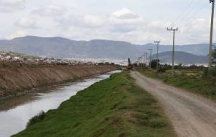 SOPOT continúa con los trabajos de desazolve y mantenimiento en el Río de las Avenidas1