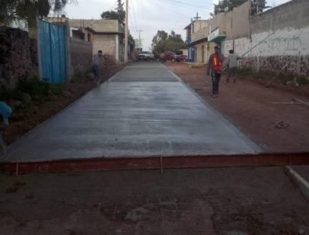 SOPOT interviene calle en la localidad de Xochitlán de las Flores2