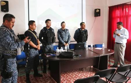 Sostiene Policía Estatal reunión con líderes vecinales de Mixquiahuala1