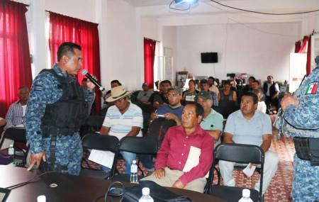 Sostiene Policía Estatal reunión con líderes vecinales de Mixquiahuala2