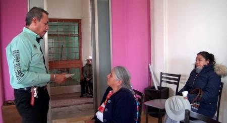 Beneficia DIF y fundación a adultos mayores con auxiliares auditivos en Mineral de la Reforma .jpg