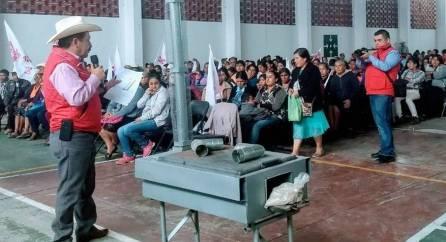 Campesinos de Tepehuacán de Guerrero reciben apoyo4