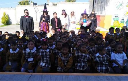 Caravana literaria de mitos y leyendas recorre escuelas de Mineral de la Reforma 2