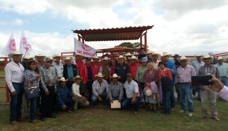 Dialogo, gestión y atención a campesinos hidalguenses3