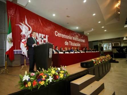En ceremonia de titulación, egresados reconocer logros y labor de autoridades de la UAEH4