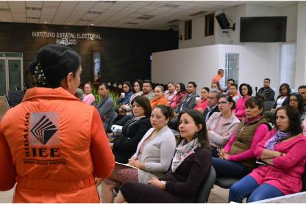 En el marco del Día Naranja, IEEH realiza conferencia sobre el Cáncer de Mama4