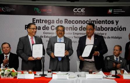 Firman SEPH y CCEH convenio para Formación Dual2