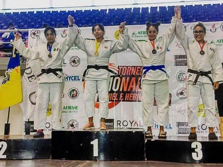"""Judocas hidalguenses brillan en el nacional """"Prof. Daniel F. Hernández"""""""
