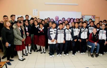 Lleva UAEH conferencia sobre ciencia a alumnos de secundaria2.jpg