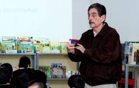 Lleva UAEH plática sobre contaminación a primaria 1