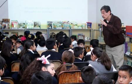 Lleva UAEH plática sobre contaminación a primaria 2