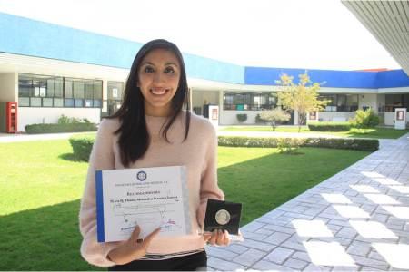 Obtiene alumna de UAEH premio nacional a la mejor tesis en ciencias químicas