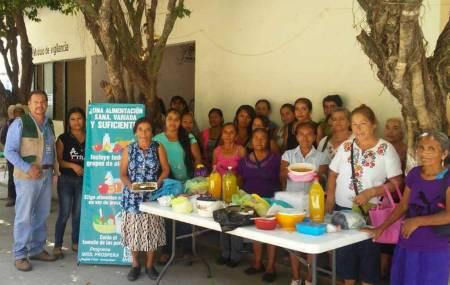 Partera Voluntaria Rural obtiene Premio Nacional de Acciones Comunitarias .jpg