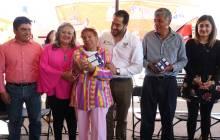 Programa DIF y LALA Uniendo Familias beneficia a 18 mil tizayuquenses 4