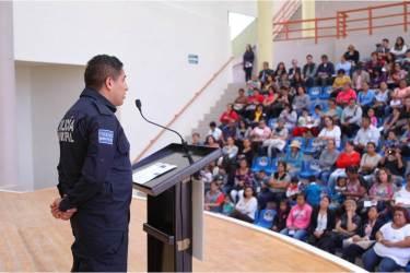 Refuerza Mineral de la Reforma Programa Escuela Segura con encuentro con directores y comités de padres de familia3