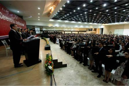 Rinden protesta 582 graduados de UAEH4