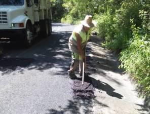 SOPOT realiza trabajos de bacheo el municipio de Pisa Flores 4