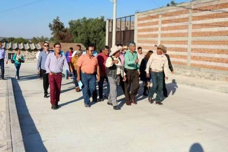 Alcalde de Tizayuca inaugura pavimentación hidráulica en La Posta4