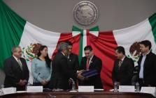 Atilano Rodríguez destaca logros educativos ante legisladores hidalguenses1
