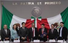 Atilano Rodríguez destaca logros educativos ante legisladores hidalguenses2