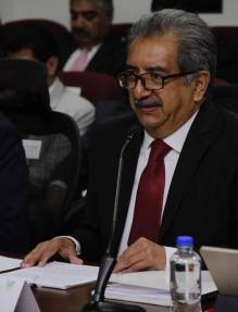 Atilano Rodríguez destaca logros educativos ante legisladores hidalguenses3