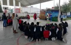 Coordinación de Bibliotecas lleva pastorela a escuelas de Mineral de la Reforma6