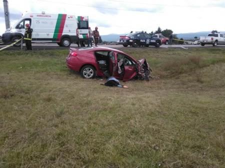 Cuatro personas mueren en choque registrado en la carretera México-Tuxpan, en el tramo de Tulancingo2